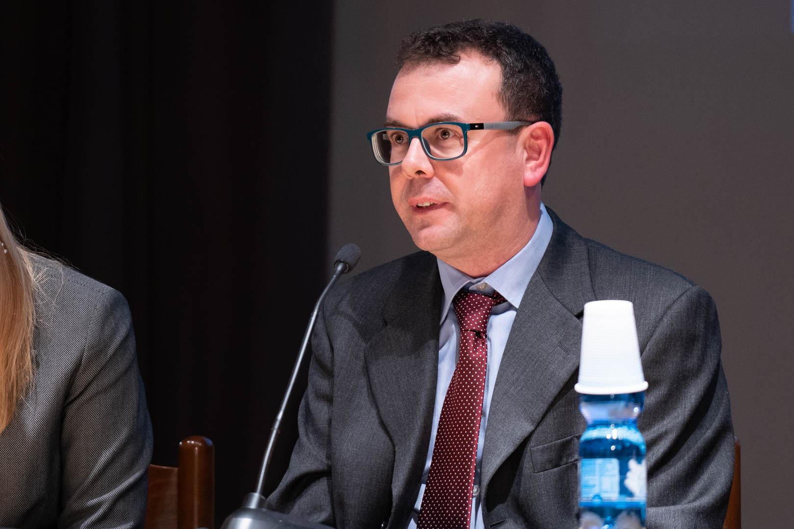 10 - Interviene il Dott. Marco Bianchi - IL 2° LIBRO BIANCO DELL'INCONTINENZA - Seriate, 20.11.2019