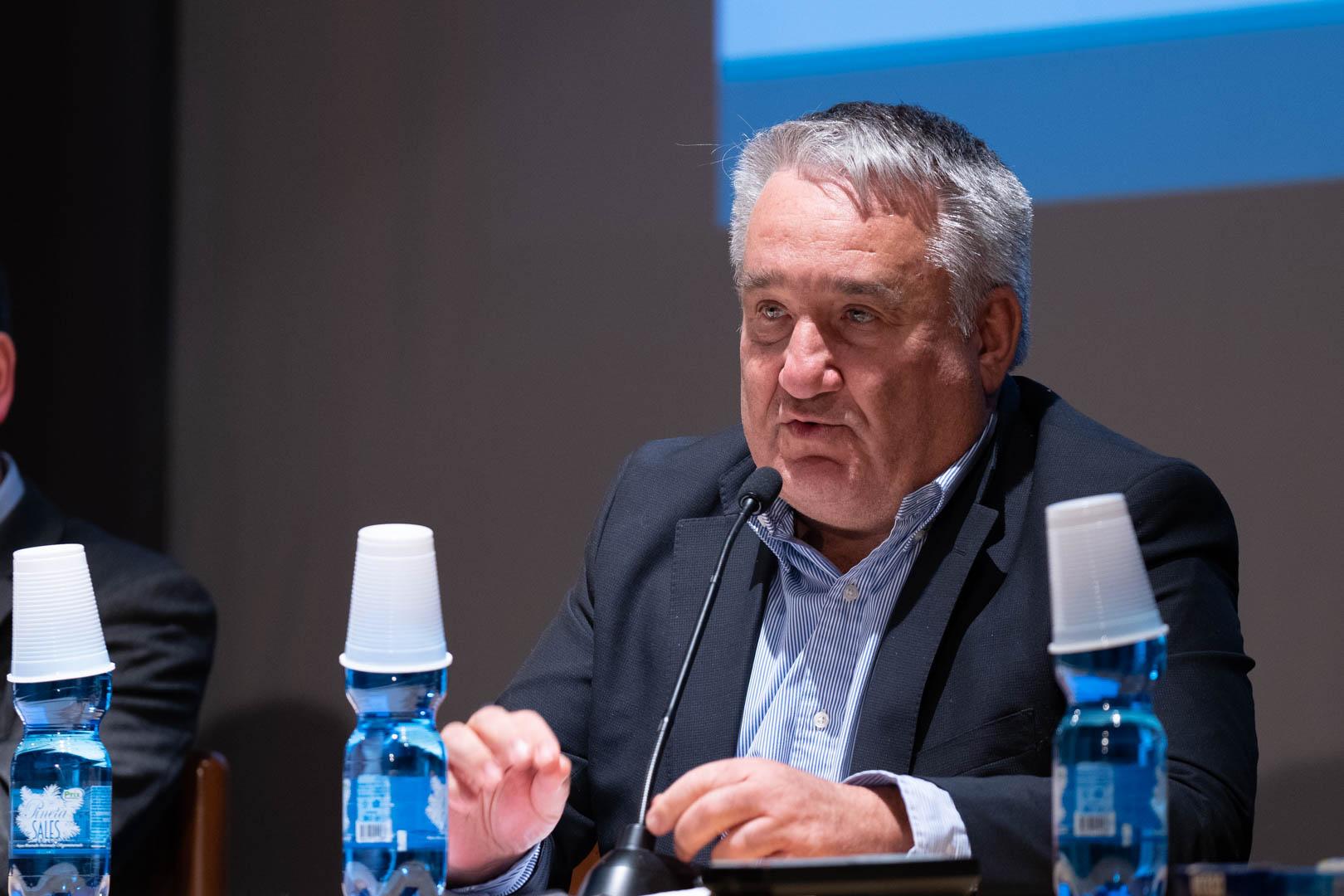 18 - Interviene il Dott. Oreste Risi - IL 2° LIBRO BIANCO DELL'INCONTINENZA - Seriate, 20.11.2019