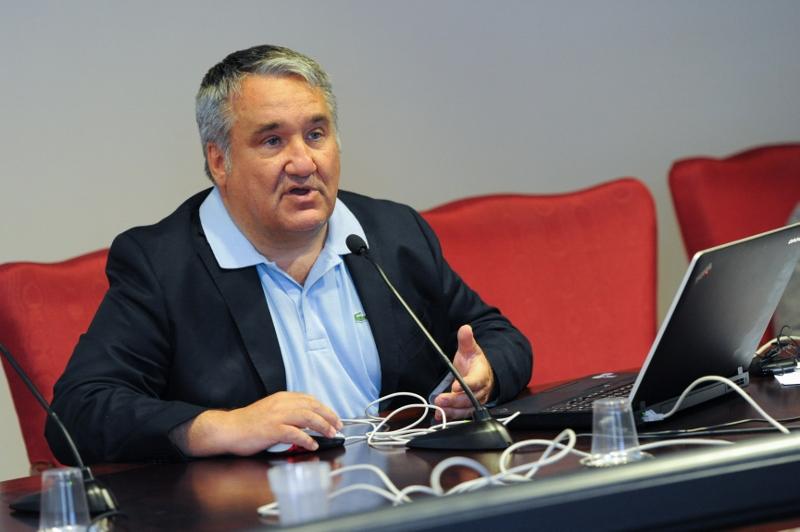 28.6.2012 Interviene Oreste Risi, Urologo