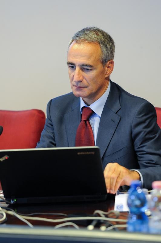 28.6.2012 Interviene Pasquale Intini, Politerapica - Terapie della Salute