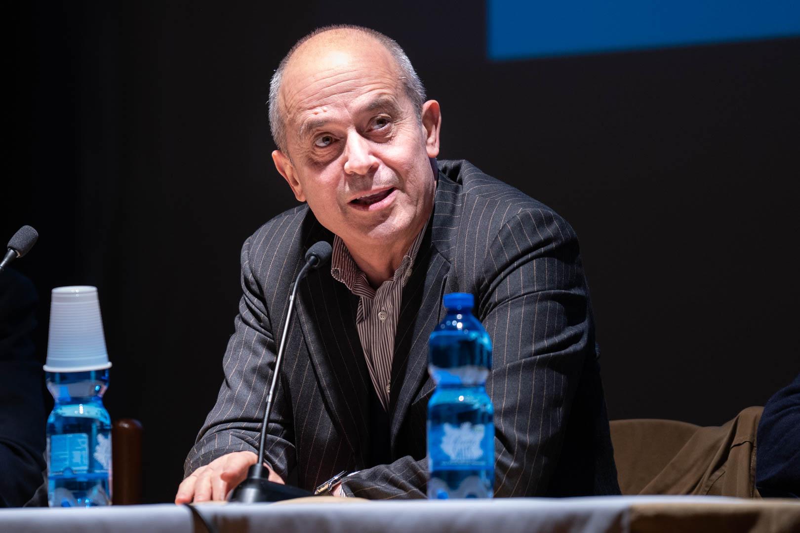 5 - Interviene il Dott. Francesco Lubrano - IL 2° LIBRO BIANCO DELL'INCONTINENZA - Seriate, 20.11.2019