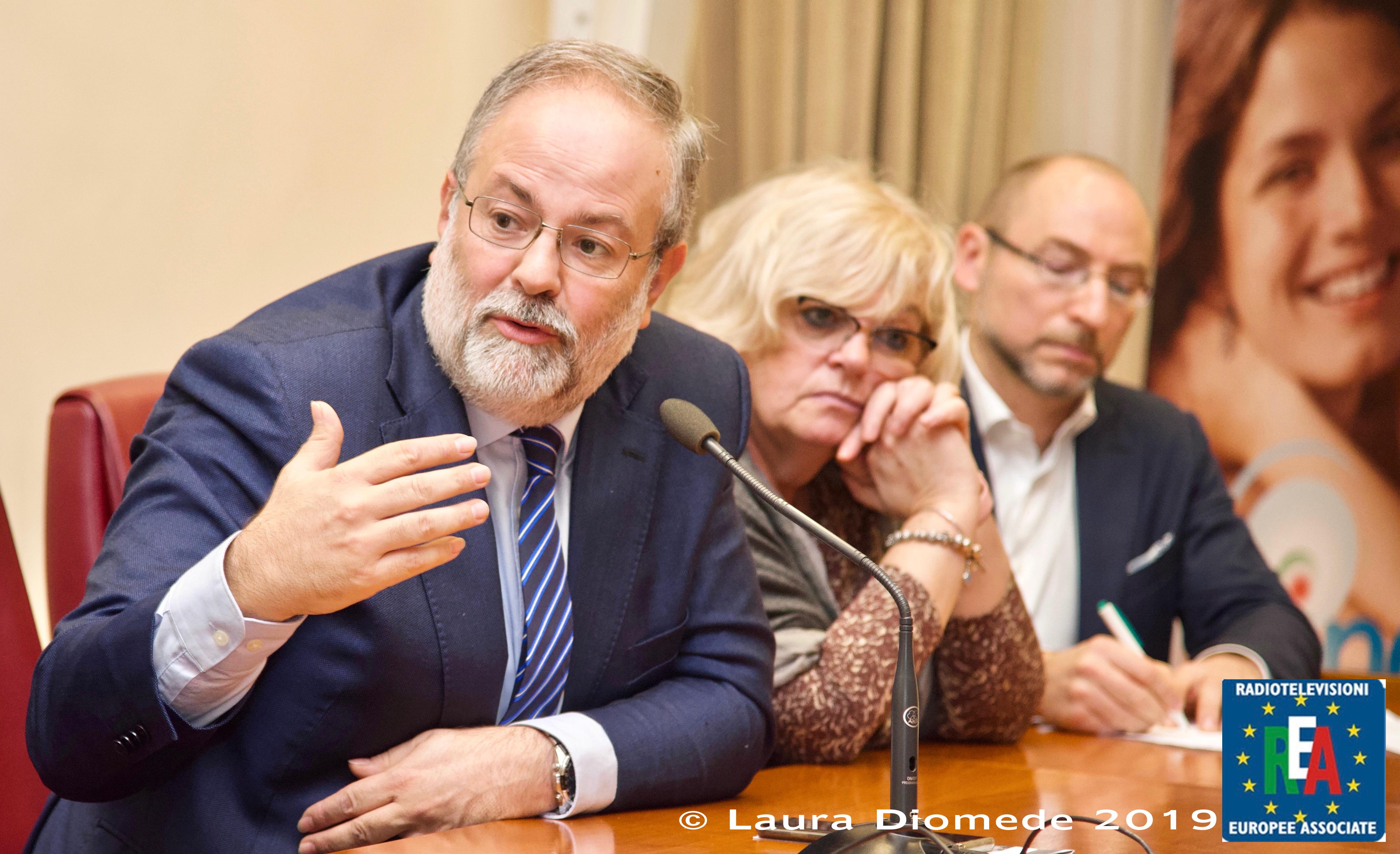 6 - Interviene il Dott. Enrico Finazzi Agrò - Past President SIUD