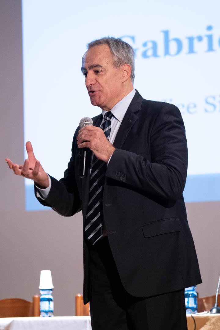 6 - Pasquale Intini modera i lavori - IL 2° LIBRO BIANCO DELL'INCONTINENZA - Seriate, 20.11.2019 (2)