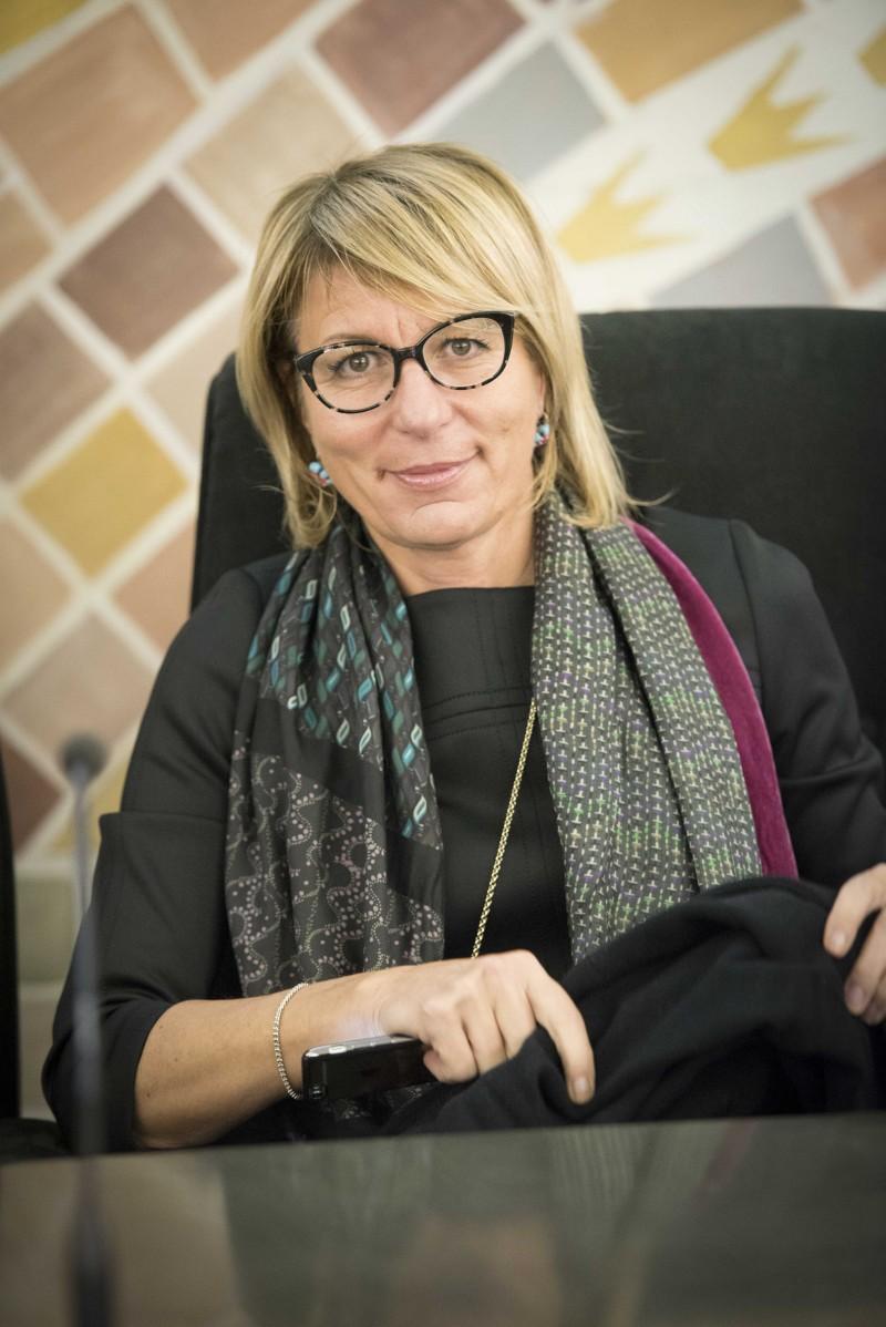 Nadia Rovelli - Ostetrica, Formatrice nel mondo ostetrico