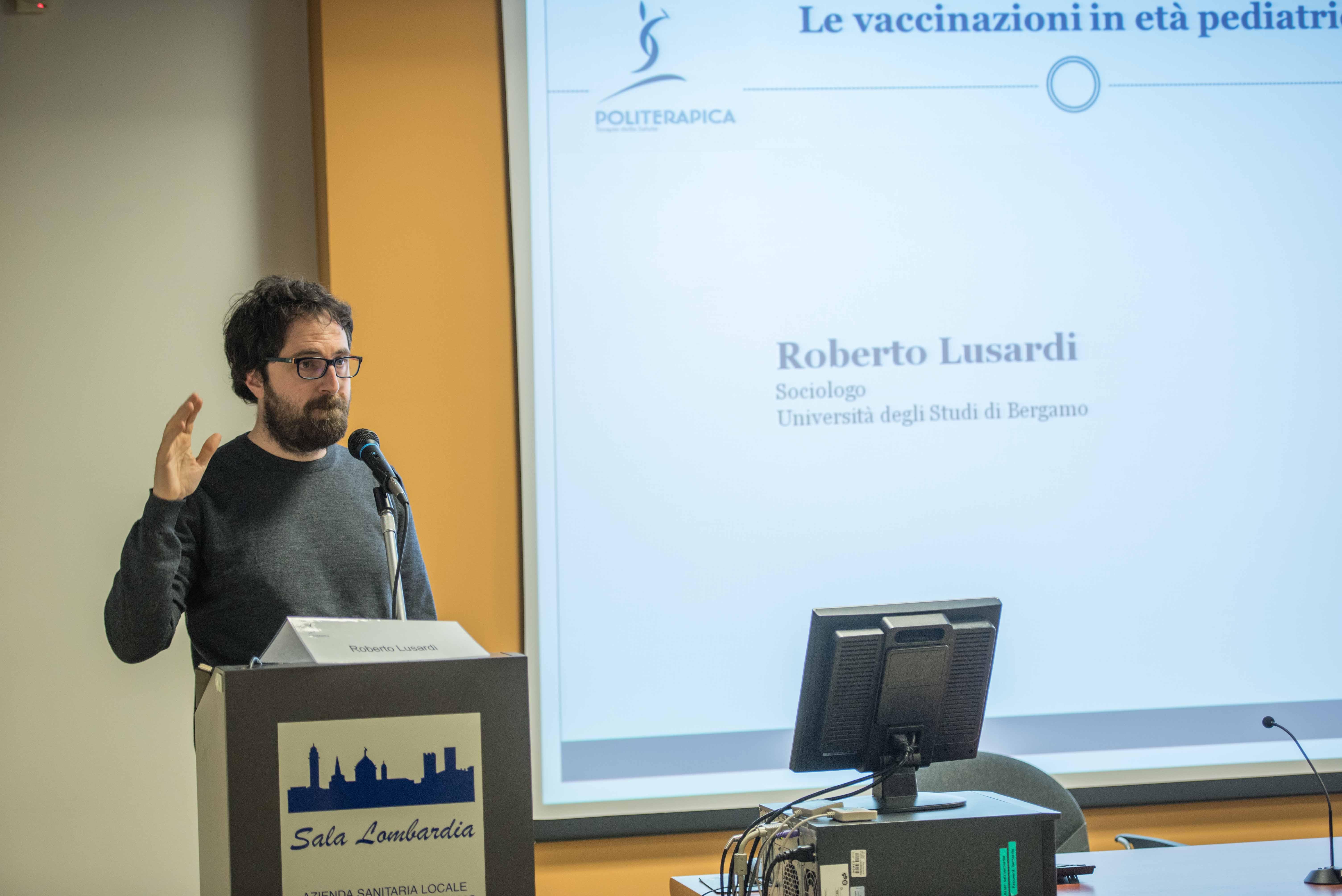 21.11.2015 - Bergamo, Convegno Vaccinazioni in età pediatrica - Interviene Roberto Lusardi